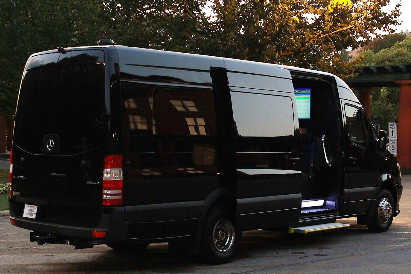 Luxe Sprinter Outside